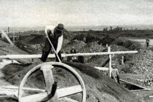 Stavba sokolského stadionu na Strahově