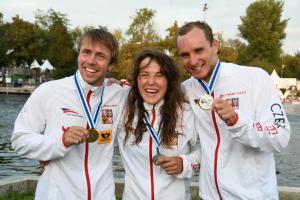 Podívejte se na českou radost z medailí na MS vodních slalomářů ve francouzském Pau