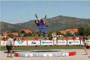 Čeští parašutisté zářili na mistrovství Evropy v Bulharsku