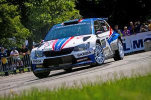 Na Rally Český Krumlov dosáhli Jan Kopecký  a tým ŠKODA třetí vítězství v řadě