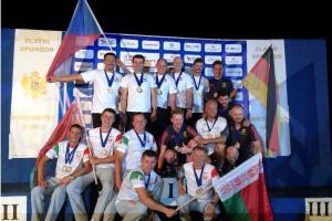 Prostějovští parašutisté si vyskákali na ME  v Podgorici v Černé Hoře devět medailí