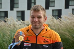 Český veslař Ondřej Synek se pátým světovým titulem zařadil mezi legendy