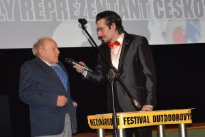 Festival outdoorových filmů vyhrál film o surfingu a cenu převzal i lyžařský veterán Krajňák