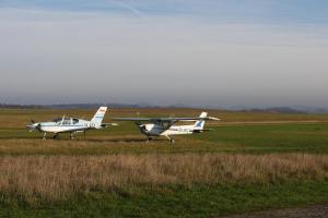 Na letišti v Benešově se uskuteční ročně 20 až 25 tisíc startů, po Ruzyni nejvíce v ČR