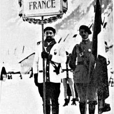 Francouzský důstojník Mandrillon, který skládal za sportovce olympijskou přísahu